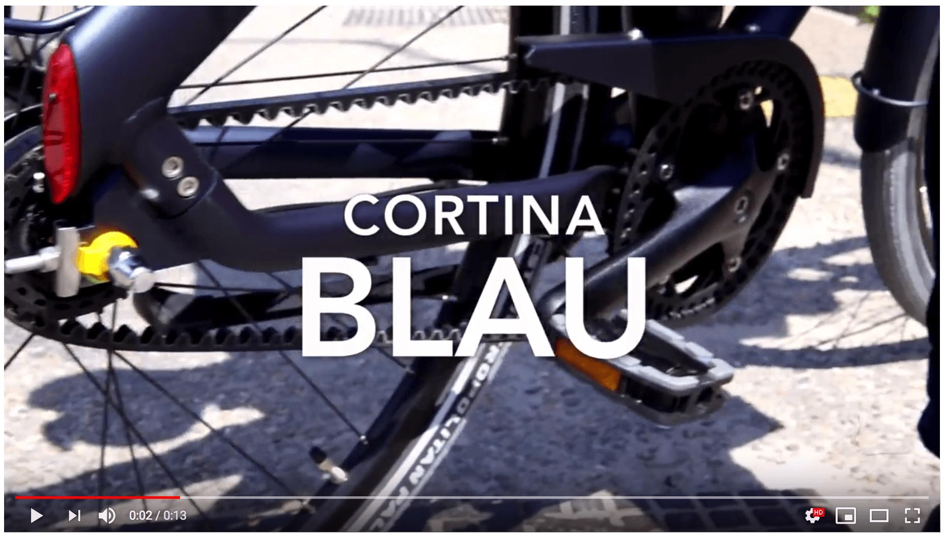 Clip Cortina Blau